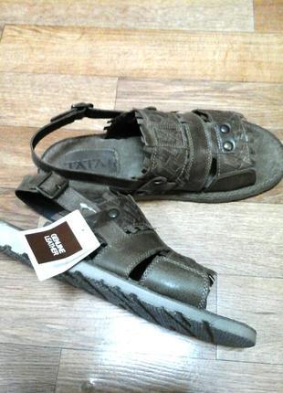 Мужские кожаные сандалии производства италии