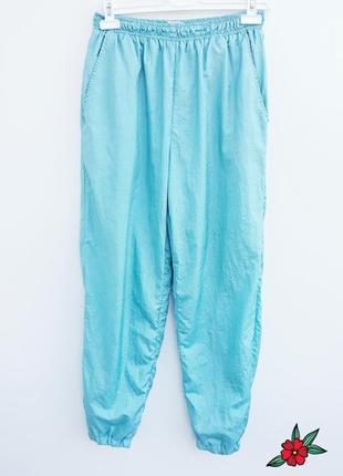 Спортивные штаны брюки повседневные штаны на резинке очень красивого цвета