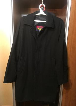 Черное мужское солидное пальто из англии