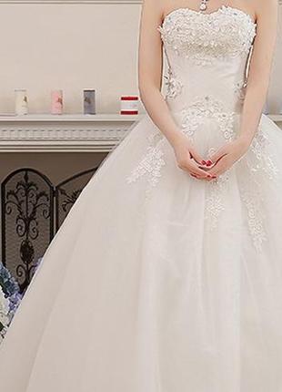 Весільне плаття нове