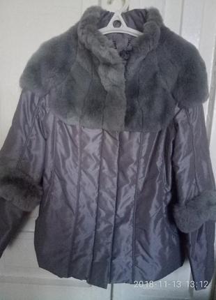Курточка зимняя с натуральным мехом