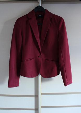 Костюм oodgi  пиджак юбка короткая юбка
