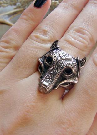 Кольцо с волком и трилистником в кельтском стиле. нержавеющая сталь. цвет серебро