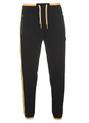 Спортивные штаны от everlast. оригинал