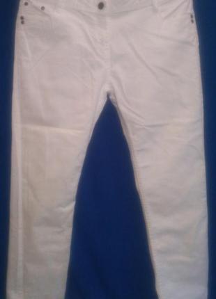 Очень  классные  белые  джинсы1 фото