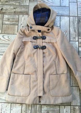 Тёплое пальто с капюшоном
