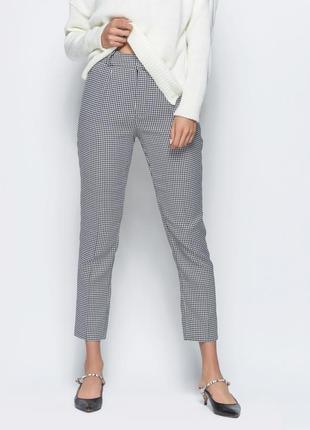 Жіночі брюки в клітинку  44,46