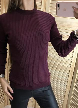 Базовая кофточа в рубчик цвета марсала new look