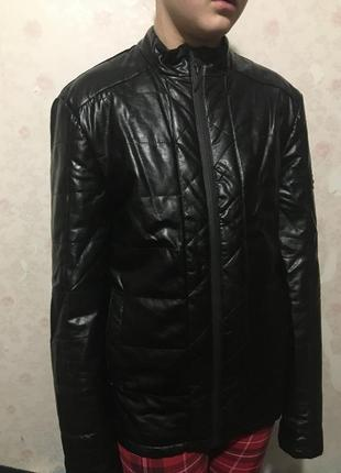Новая мужская куртка для стильных .