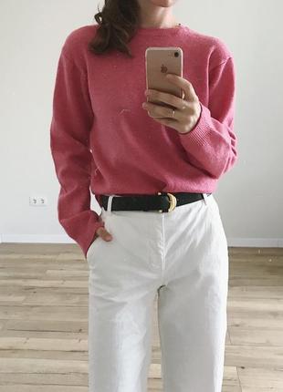 Теплый шерстяной свитер
