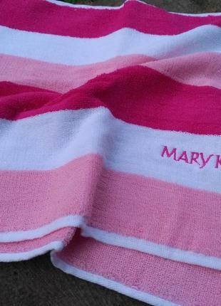 Яркое полотенце с вышивкой мери кей, mary kay