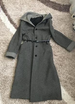 Пальто шерсть с капюшоном скидки