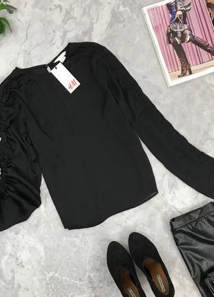 Актуальная блуза с необычными рукавами  bl1845049 h&m