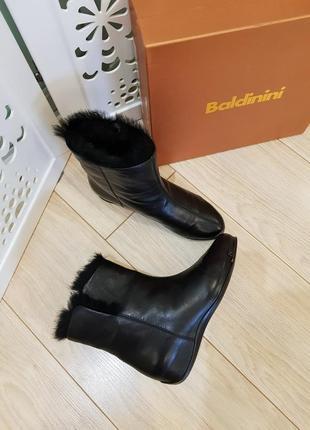 Зимние ботинки baldinini. новые