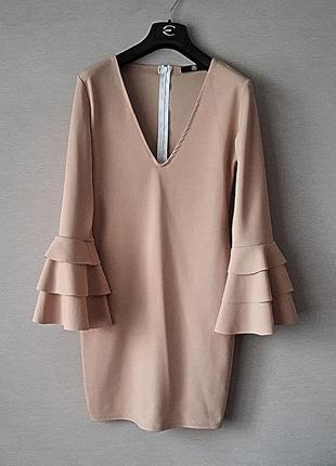 Шикарное нюдовое платье missguided.