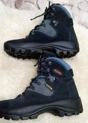 Olang olantex замша трекінгові ботинки39- 40 р по ст 25..5 см непромокаючі супер стан