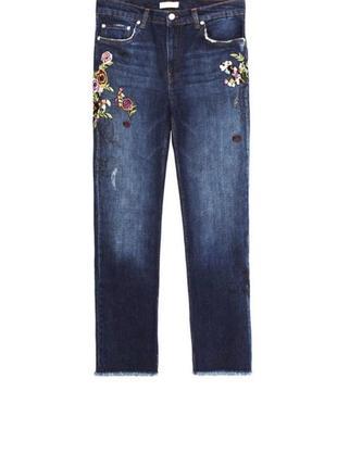 Новые джинсы bootcut floral zara с цветочной вышивкой