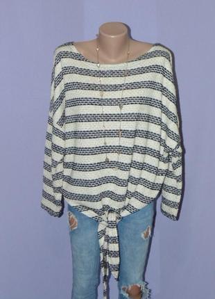 Фактурный свитер в полоску с завязками