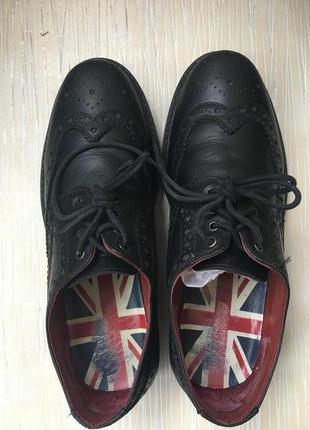 Мужские туфли броги дерби подойдут на подростка