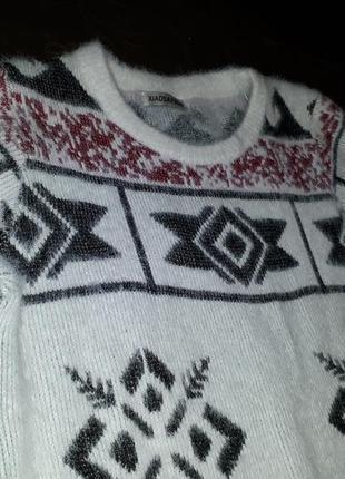 Невероятно мягкий и теплый свитерок в зимний орнамент