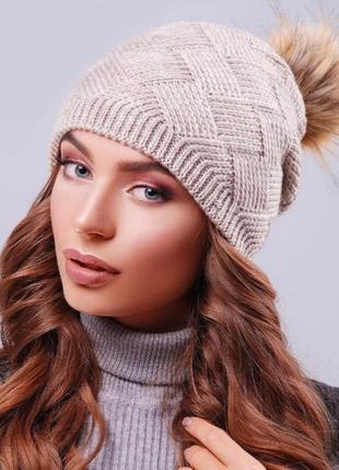Стильная зимняя шапка marse
