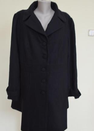 Очень шикарное пальто деми с шерстью со сьемным воротником большого размера