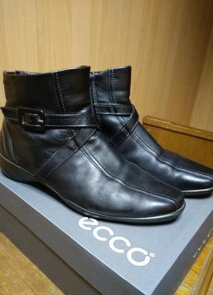 Кожаные ботинки ecco р.39-25,5см