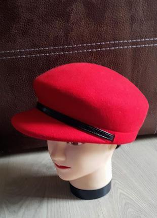 Шикарная красная фуражка кепка плотная 100% шерсть