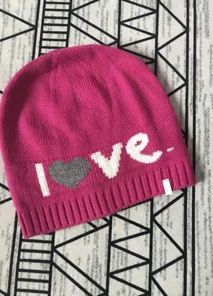 Яркая шапочка бренда oodji