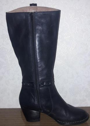 Кожаные сапоги на полную ногу