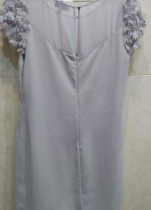 Нежное платье прямого кроя