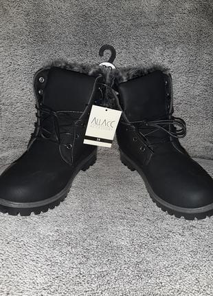 Женские черные ботинки на шнуровке accessories, германия, р.39