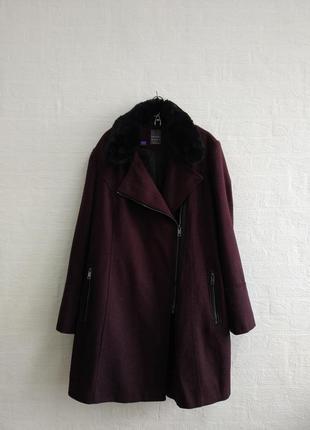 Стильное пальто, бренда primark, подойдет на 52,54,56 р.