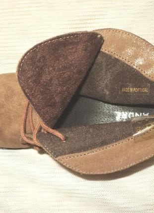 Мягенькие утепленные замшевые ботиночки, португалия, 38 р (24,7 см)4