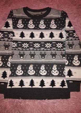 Нарядный свитерок