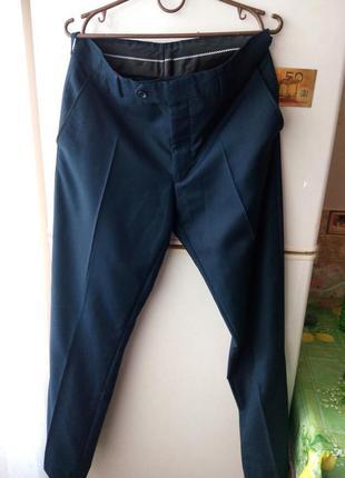 Шикарные темно-синие  брюки от sergio ricci