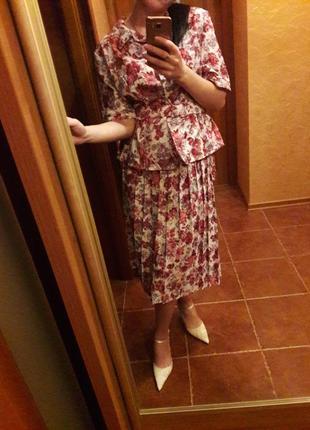Костюм,платье, юбка. разгружаю шкаф
