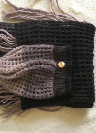 Шапка и шарф, оригинальный набор.