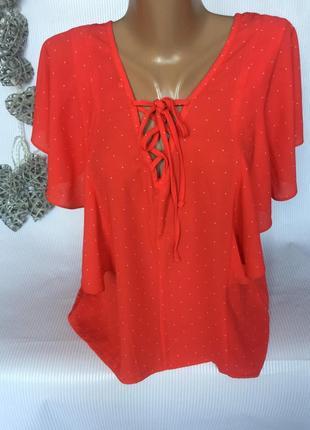 Шикарная красная блуза в мелкий горошек