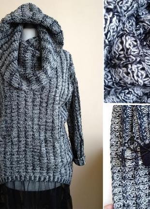 Тёплый свитер оверсайз с капюшоном джемпер.