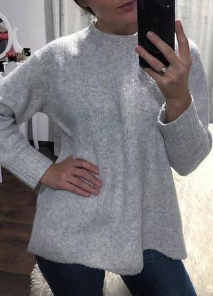 Шикарный стильный тёплый свитер zara оригинал