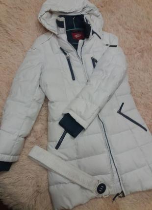 Куртка-пуховик белый daser,