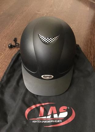 Продам шлем для верховой езды pikeur.56см