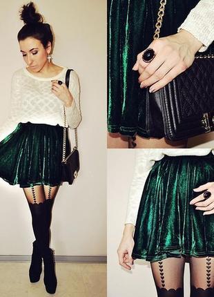 Бархатная зеленая юбка