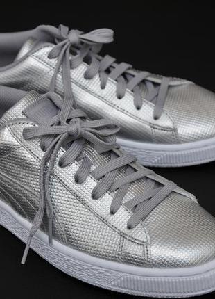 Кроссовки puma. модні-срібні.