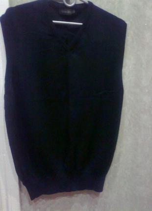 Шерстяная желетка*свитер без рукавов* sergio  италия