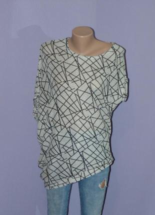 Интересная, абстрактная блузочка