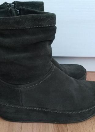 Замшевые ботинки fit flop