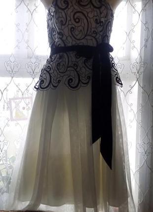 Нарядне плаття-миди