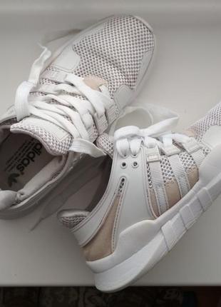 Кроссовки adidas 23,5см